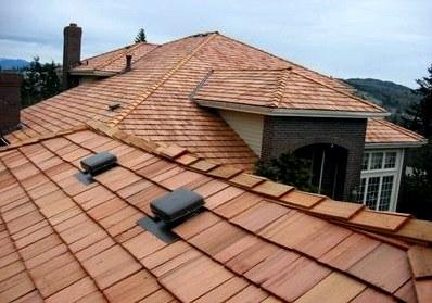 Деревянная кровля – существующие виды, преимущества гонта и дранки для крыши, особенности их укладки